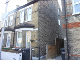 Brick Cleaning, Croydon – Before